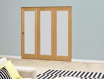Porto Oak Glazed Roomfold Deluxe - Frosted Image