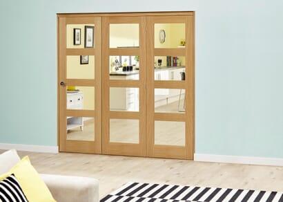 Prefinished Oak 4L Roomfold Deluxe - Clear Glass