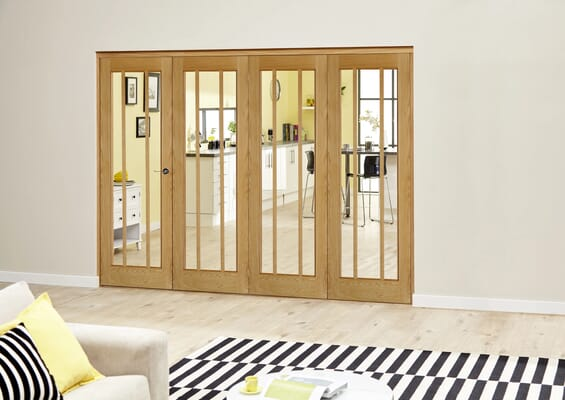 Worcester Oak Prefinished Roomfold Deluxe (4 x 686mm doors)
