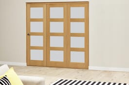 Oak 4L Frosted RoomFold Deluxe Doors Image
