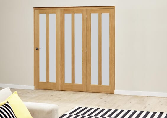 Aston Oak Roomfold Deluxe - Frosted Glass