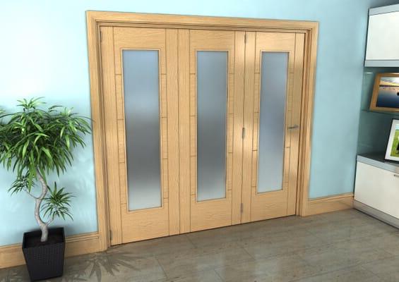 Iseo Oak Pattern 10 Frosted 3 Door Roomfold Grande (3 + 0 x 686mm Doors)