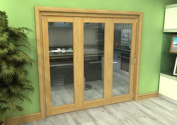 Glazed Oak 3 Door Roomfold Grande (2 + 1 x 686mm Doors)