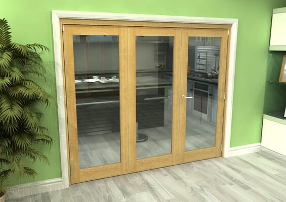 Glazed Oak 3 Door Roomfold Grande (2 + 1 x 762mm Doors)