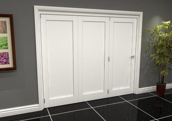 White Shaker 1 Panel 3 Door Roomfold Grande (3 + 0 x 762mm Doors)