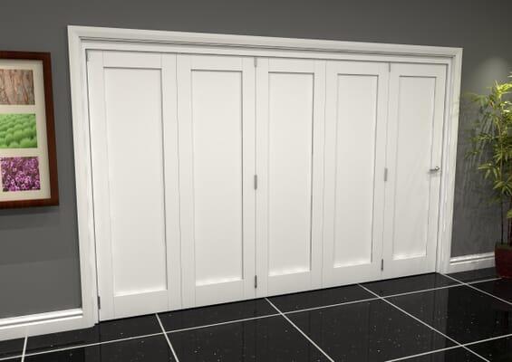 White Shaker 1 Panel 5 Door Roomfold Grande (5 + 0 x 686mm Doors)