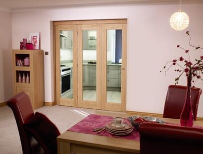 Glazed Oak P10 Roomfold - Clear Image