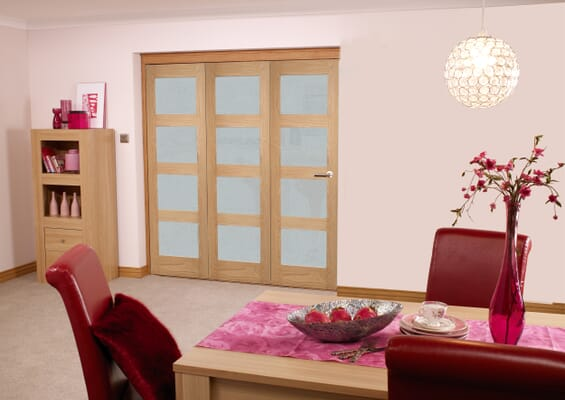 Oak 4L Shaker Roomfold - Frosted Glass