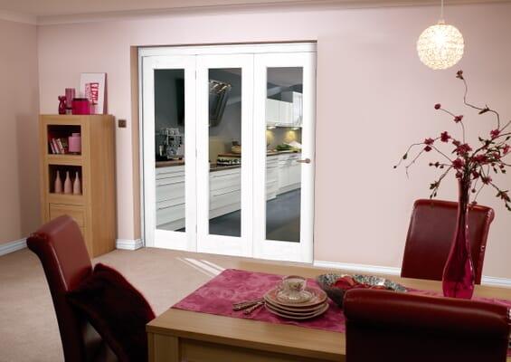White Pattern 10 Roomfold - Clear Glass