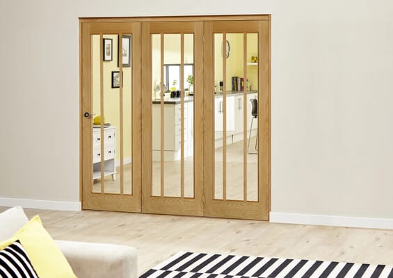 Prefinished Worcester Oak Roomfold Deluxe - Clear Glass