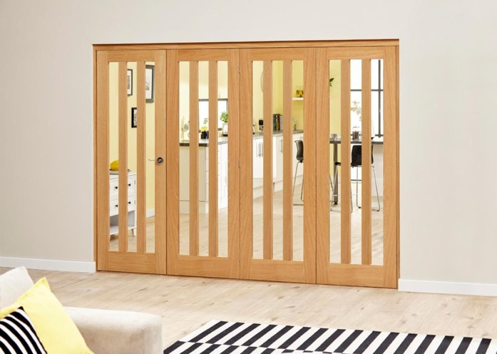 Aston Oak Roomfold Deluxe - Clear Glass Image