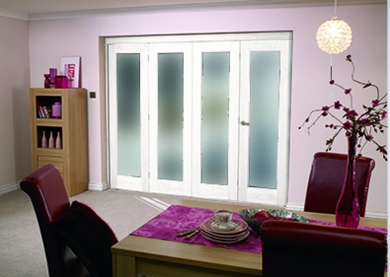 White P10 Room Fold - Frosted Glass Image