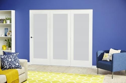 White P10 Frosted Roomfold Deluxe ( 3 x 533mm doors )
