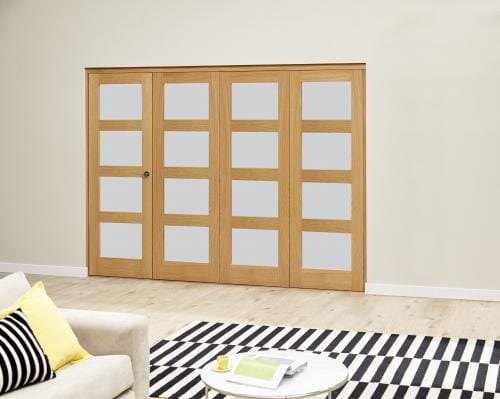 Oak 4L Frosted Roomfold Deluxe (4 x 686mm doors)