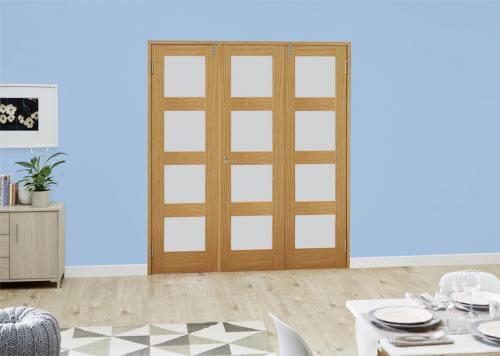 Oak 4L Frosted Folding Room Divider ( 3 x 610mm doors)