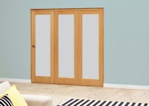Prefinished Frosted P10 Oak Roomfold Deluxe (3 x 686mm doors)