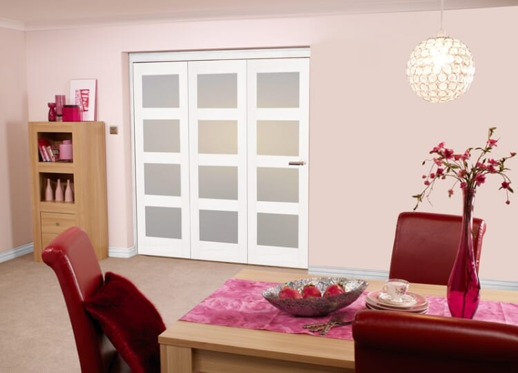 White Shaker 4l Bifold 3 Door (1800mm - 6ft) Frosted Image